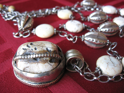 antiquenecklace
